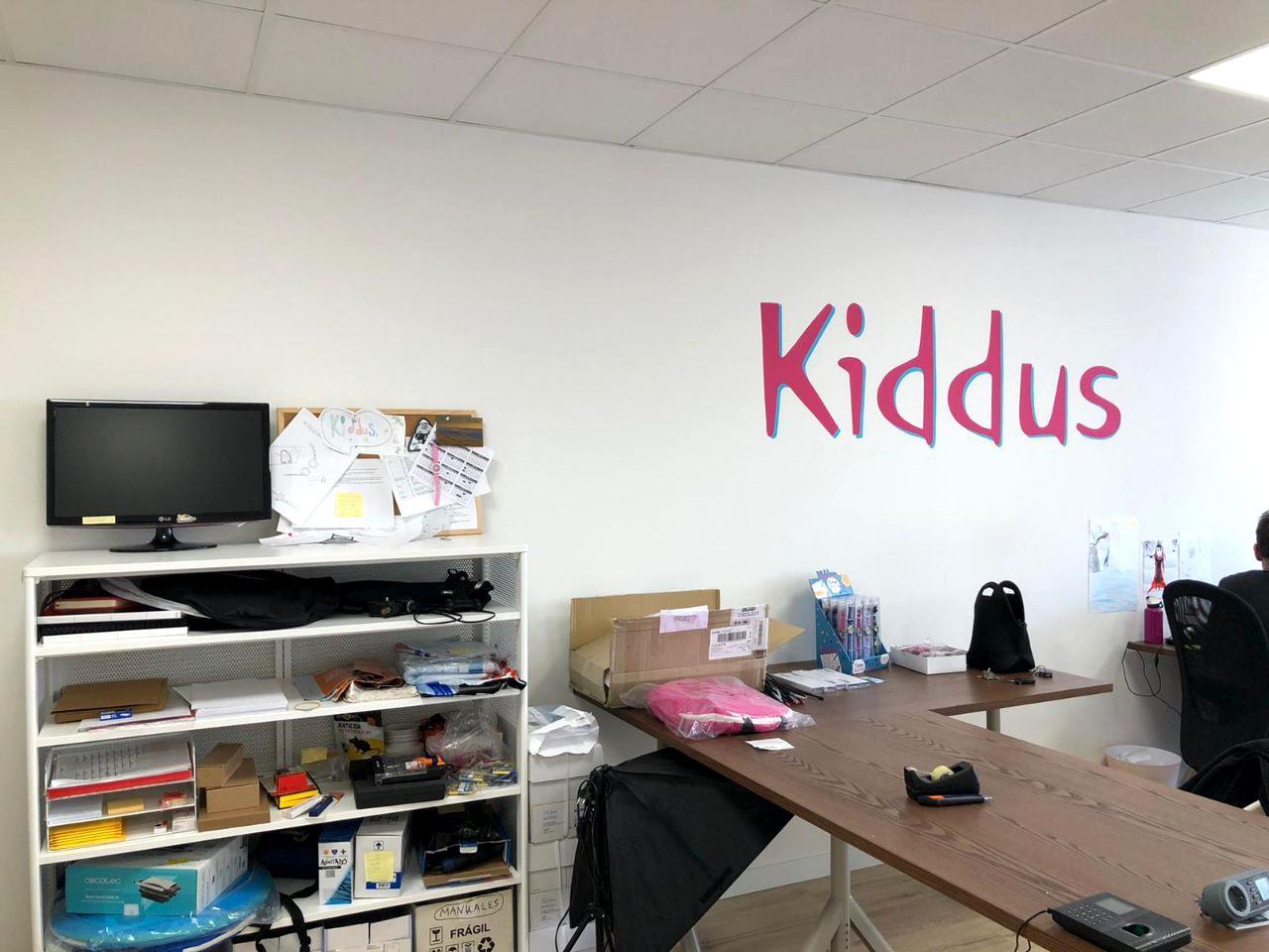 Pintura Mural en oficina de Kiddus